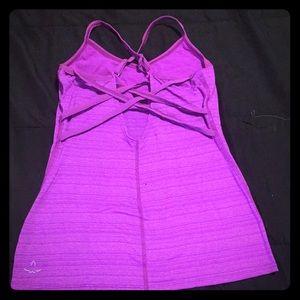 Beyond Yoga purple 💜racer back top 🧘♀️